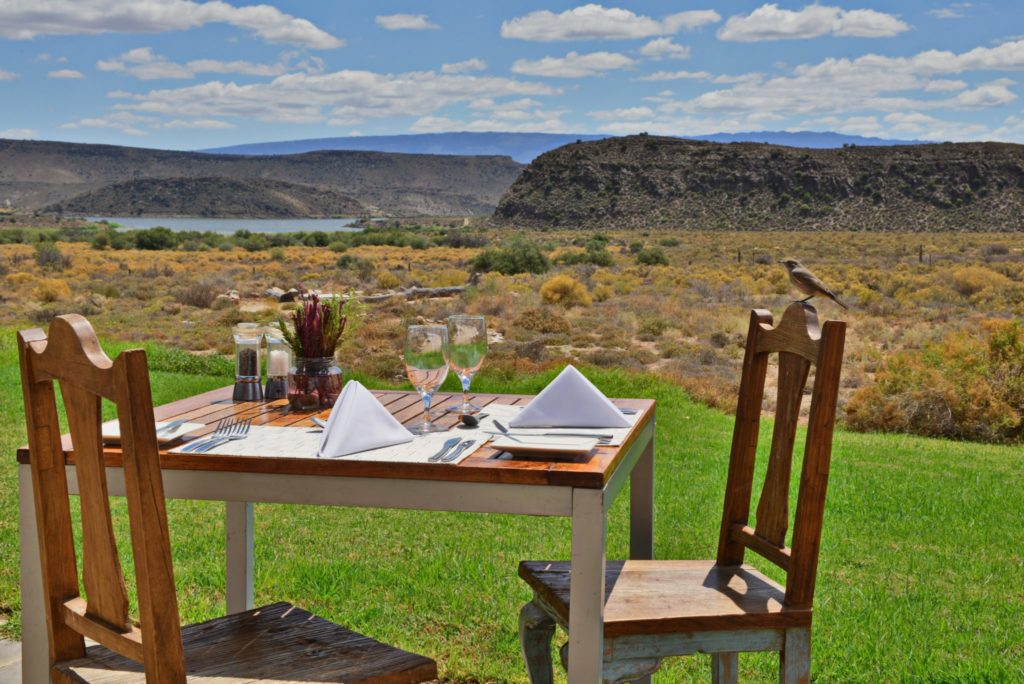 Breakfast with a view at Sanbona