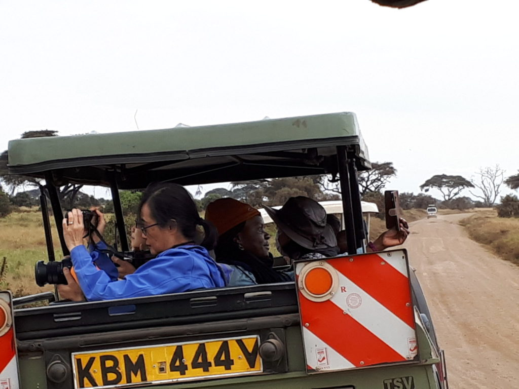Safari pictures and selfies in Kenya